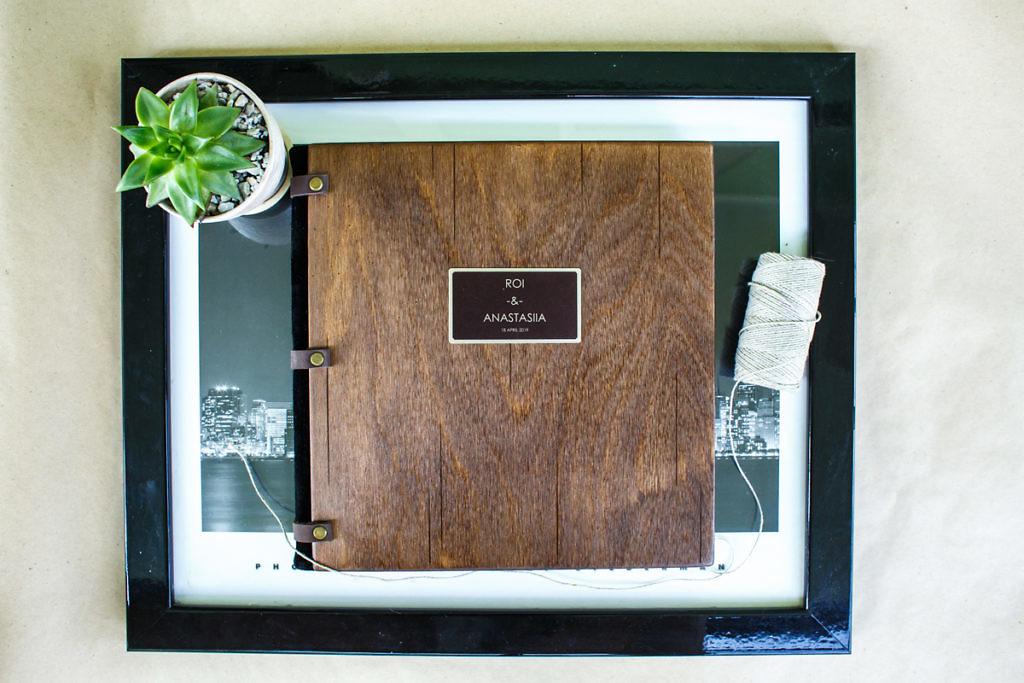 Фотокнига с деревянной обложкой